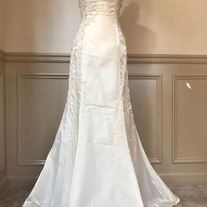 Sue Wong Size 10 Ivory Hand-Beaded Strapless Gown